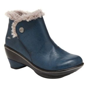 JBU by Jambu NIB Blue Mesa Vegan Wedge Ankle Boot